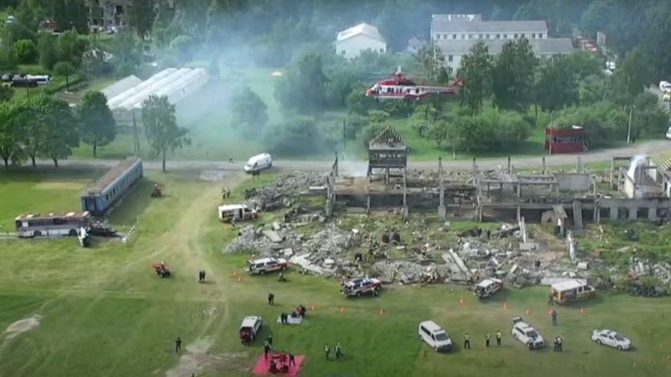 Пожежі, вибухи та травмовані: на Сумщині проводять масштабні навчання ДСНС, фото-3