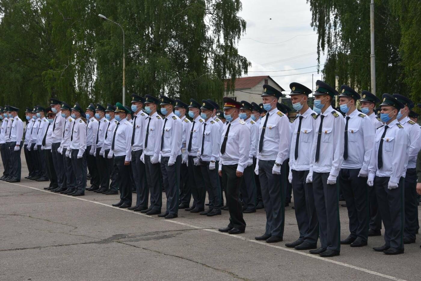 У Сумах понад 100 ліцеїстів прикордонного Кадетського корпусу стали випускниками, фото-5