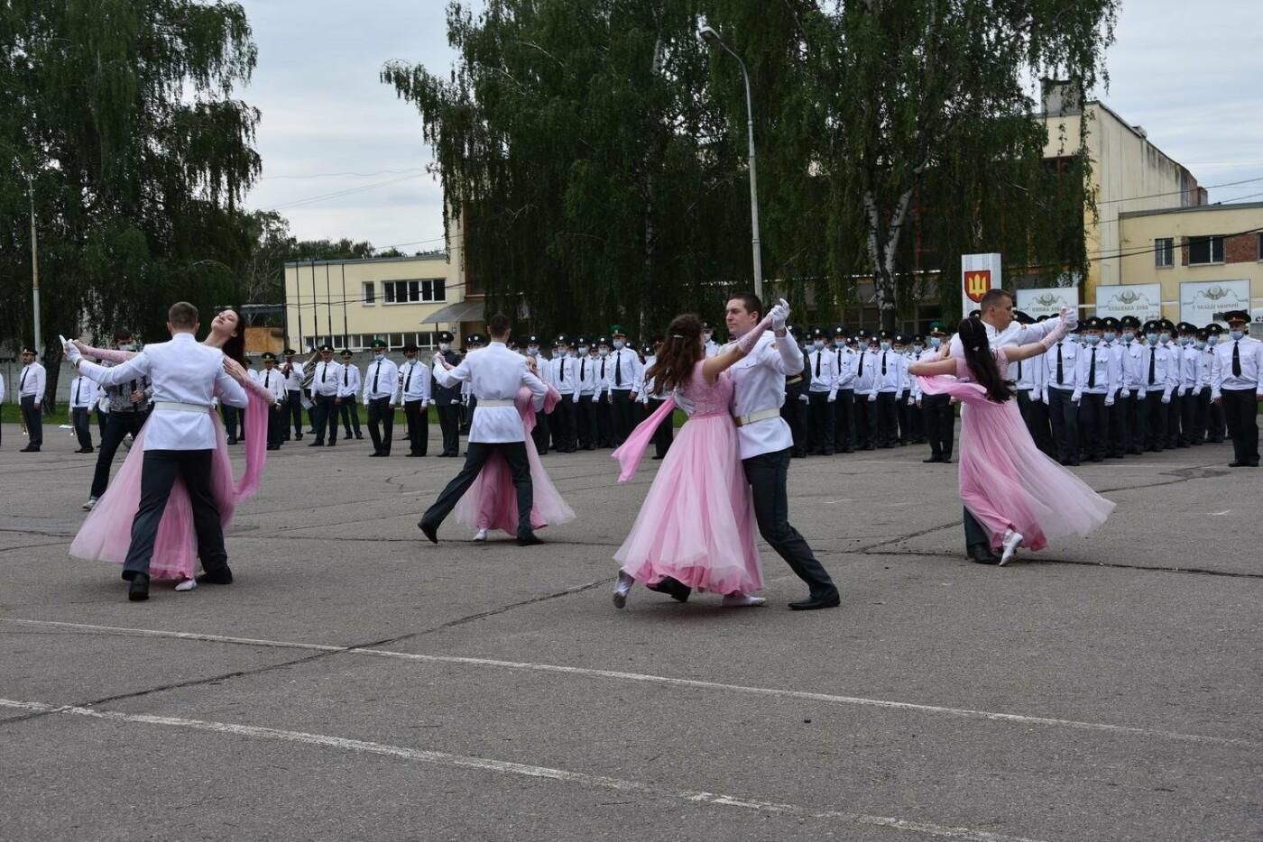 У Сумах понад 100 ліцеїстів прикордонного Кадетського корпусу стали випускниками, фото-7