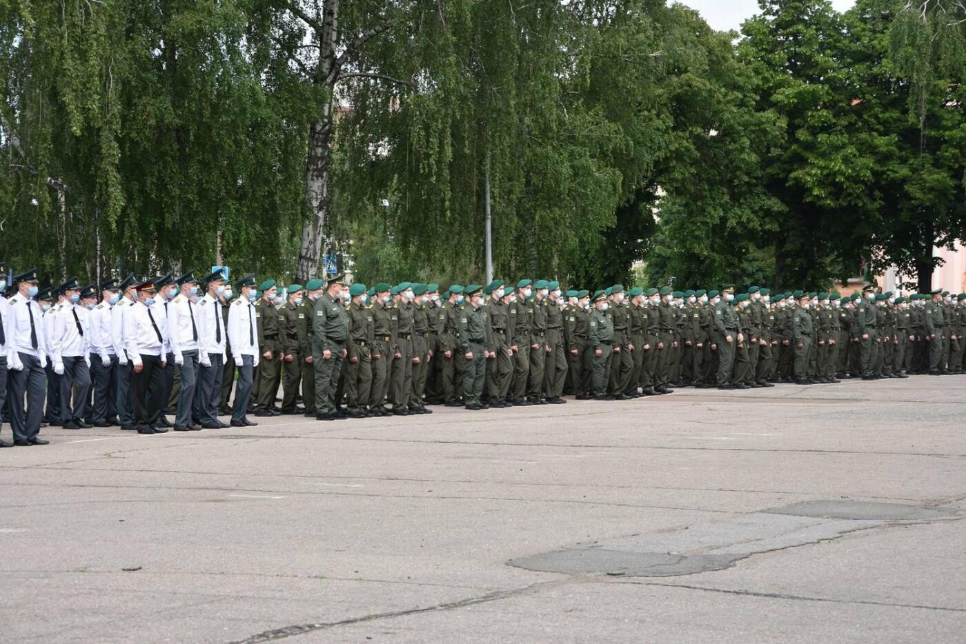 У Сумах понад 100 ліцеїстів прикордонного Кадетського корпусу стали випускниками, фото-11