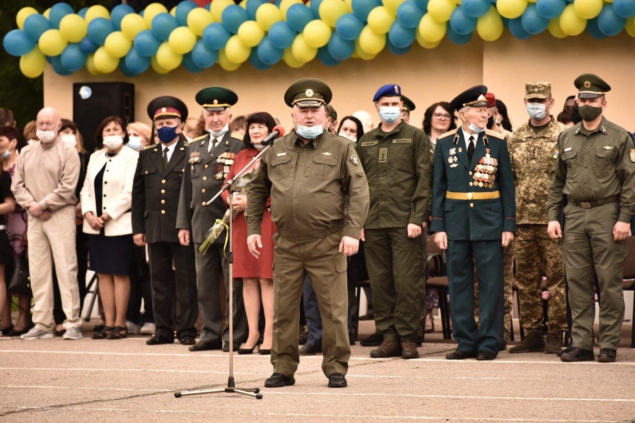 У Сумах понад 100 ліцеїстів прикордонного Кадетського корпусу стали випускниками, фото-13