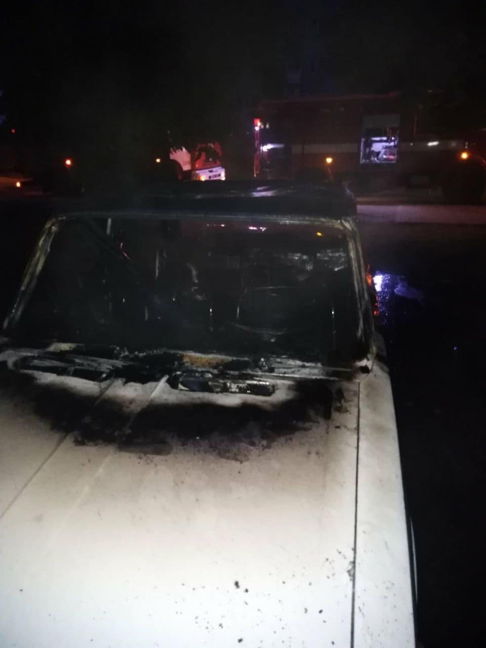 Вночі у Сумах згоріло авто, фото-1