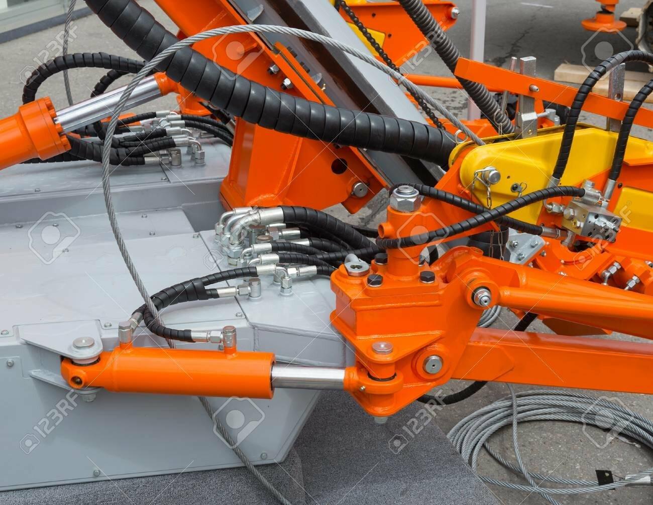 Гидравлическая система коммунальных машин